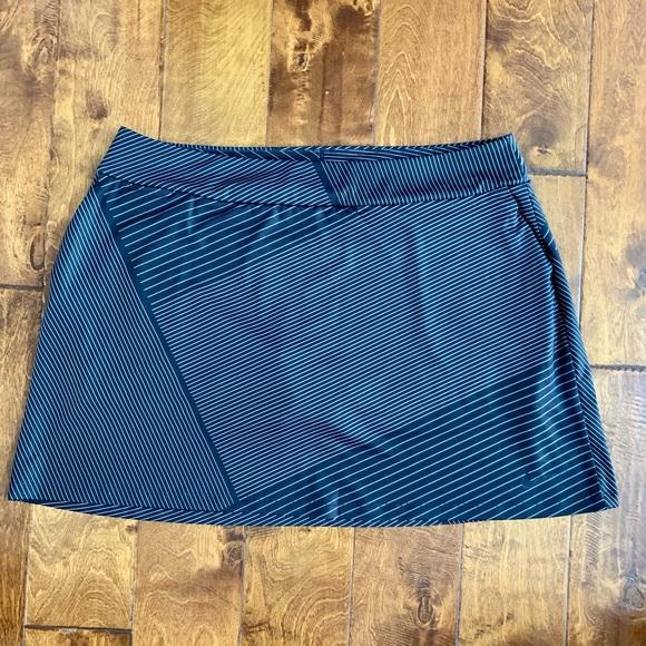 NWOT Nike DRI-FIT Skort w/Attached Shorts, Sz XXL